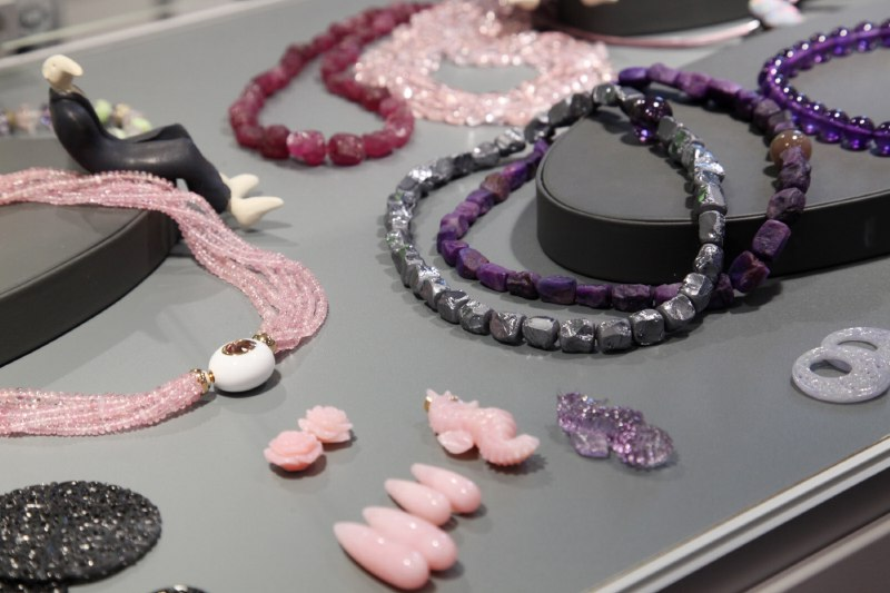 02. Engel + Co., Idar-Oberstein - Colliers with interchangeable clasps - pink Tourmaline, Suggilite and Silicium Nuggets