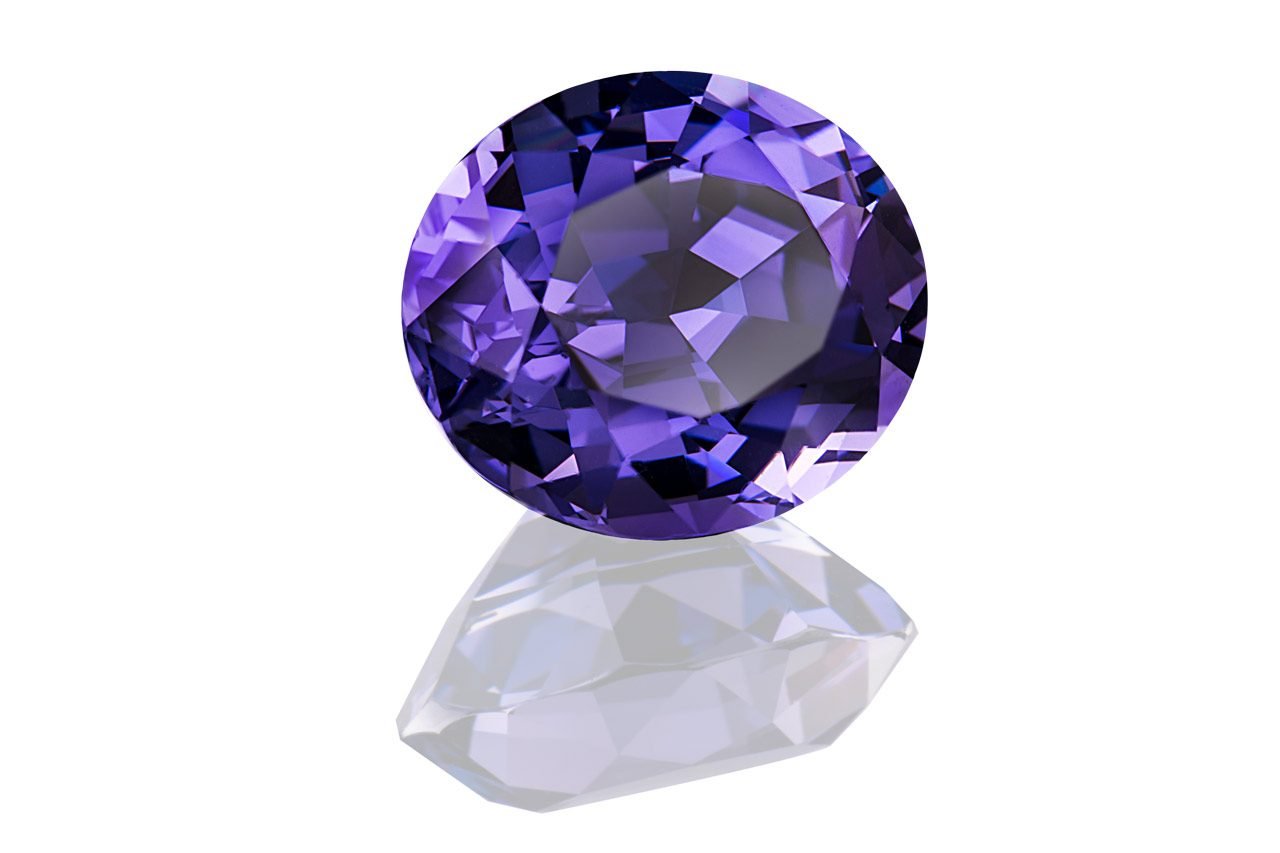 Groh & Ripp - Spinell - violett - colour change - 13,69ct